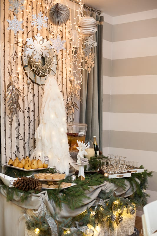 5 steps to setting up a display table || Jeweledinteriors.com, buffet, table, party, holiday, event, drink, appetizer,  rustic, chic, Christmas, tree,  wallpaper, backdrop