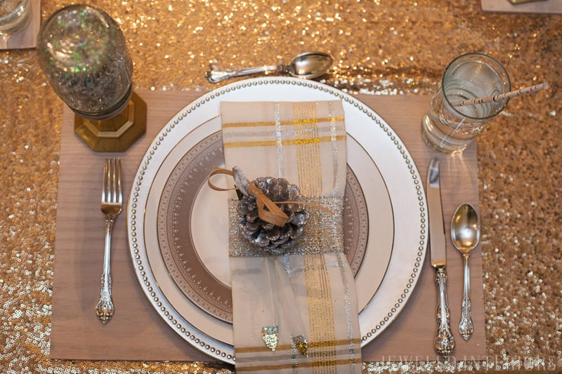 DIY WOODEN PLACEMATS with NO SAW REQUIRED || jeweledinteriors, holiday, Christmas, tablescape, place setting, party, entertaining, diy, saw, placemats, wood, grain, woodgrain, inexpensive, easy, lumber, oak, plywood, Gift ideas