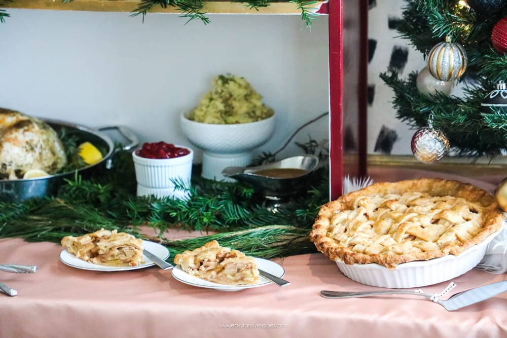 Make your next holiday party fab with yummy food and a stunning buffet table || Pie, apple, cranberry, potatoes, turkey, blush, peach, Burgundy, black, white, gold, pink, Christmas, holiday