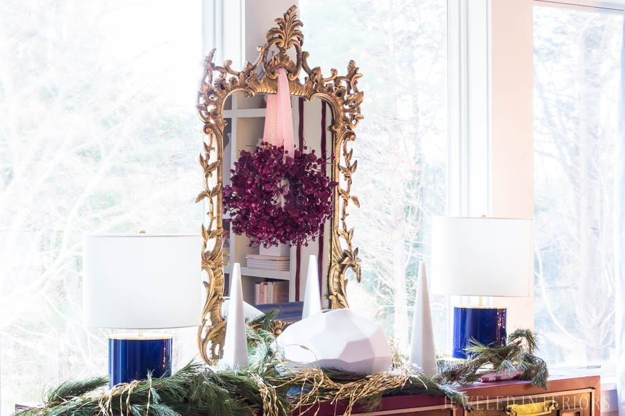 HOLIDAY HOME TOUR REVEAL || HOLIDAY COFFEE TABLE DECOR || Looking for inspiration for an eclectic, chic, and glam Christmas? Jeweled Interiors, Holiday, Home Tour, Burgundy, cranberry, blush, Decor, Ideas, Tips, black, marble, Christmas, tree, decor, decorations, DIY, inspiration, red, maroon, wine, home tour, poinsettia, glam, chic, peach, gold, black, white, blue
