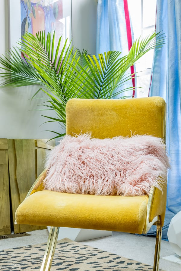 9 Steps to winning at Craigslist and Facebook Market Place, tips, craigslist, Facebook market place, ideas, steps, tutorial, thrifting, thrift store, credenza, chair, table, how to, milo baughman, mustard yellow, velvet chair