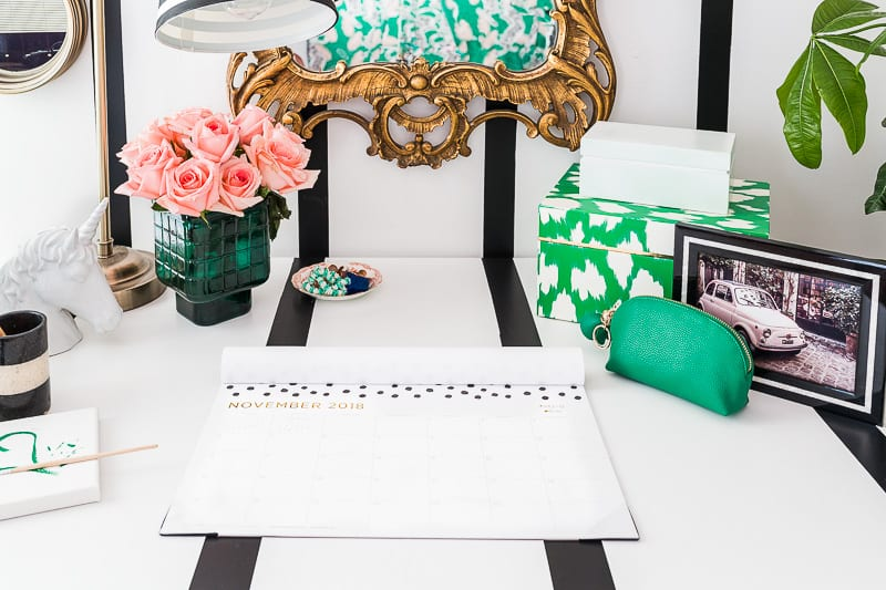 How to Stripe your Desk to Match Your Walls | A Tempaper Mini Stripe Tutorial