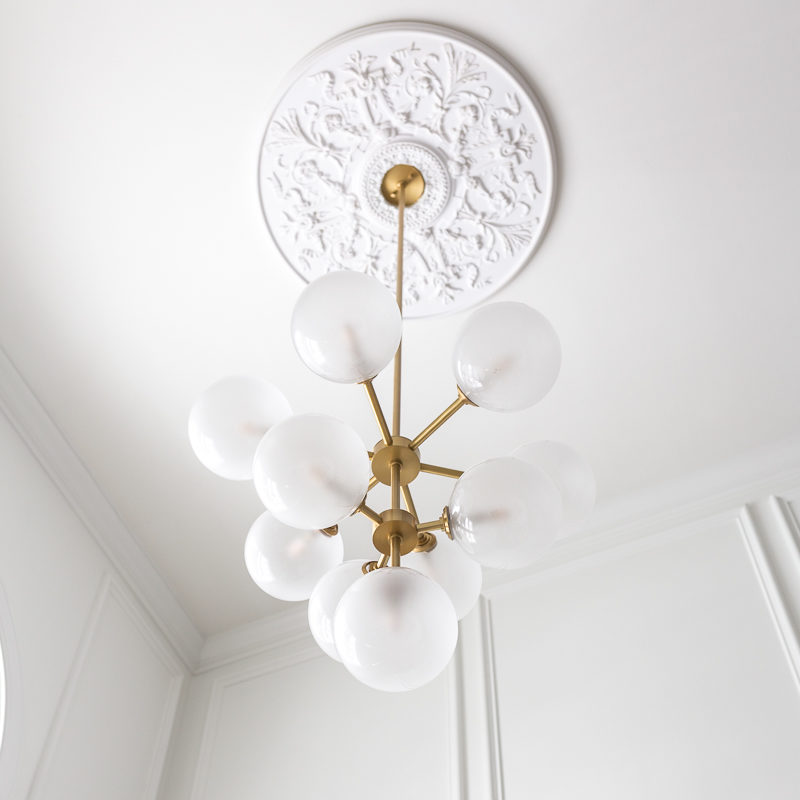 This chandelier and medallion combo is KILLER! Ashleigh, chandelier, mitzi, bulbous, brass, modern, traditional, versaille, architectural depot, ceiling medallionn