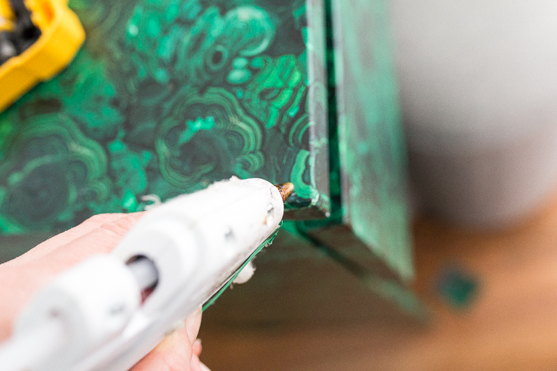 Malm, Ikea hack, spoonflower wallpaper, tutorial, diy, DIY malachite table, entryway table, diy ideas,