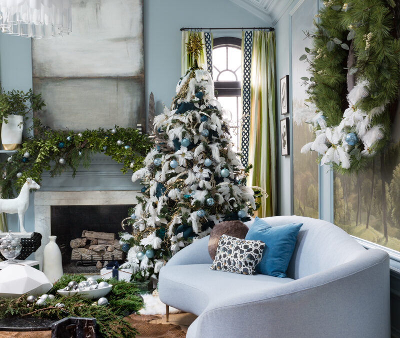 Romantic Christmas Tree Ideas- Jeweled Interiors