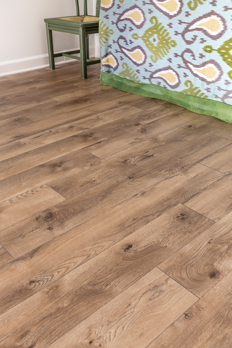 Select Surfaces laminate flooring, basement hardwood floors, basement floor, waterproof laminate, hardwood floors