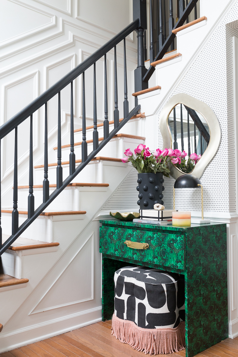 Have your seen the Jeweled Interiors home tour? Jewel Marlowe Home Tour, Spring 2020, fringe ottoman, malachite table, Kelly wearstler, entryway table