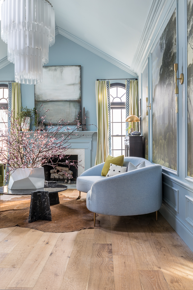 Jewel Marlowe Home Tour, Spring 2020, Living room, parma gray, light blue, oversized chandelier, black marble coffee table