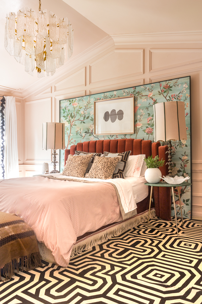 You have to see the Jewel Marlowe home tour! Jeweled Interiors DIY bed, Setting Plaster, Metrie Moulding, summer 2020, colorful home