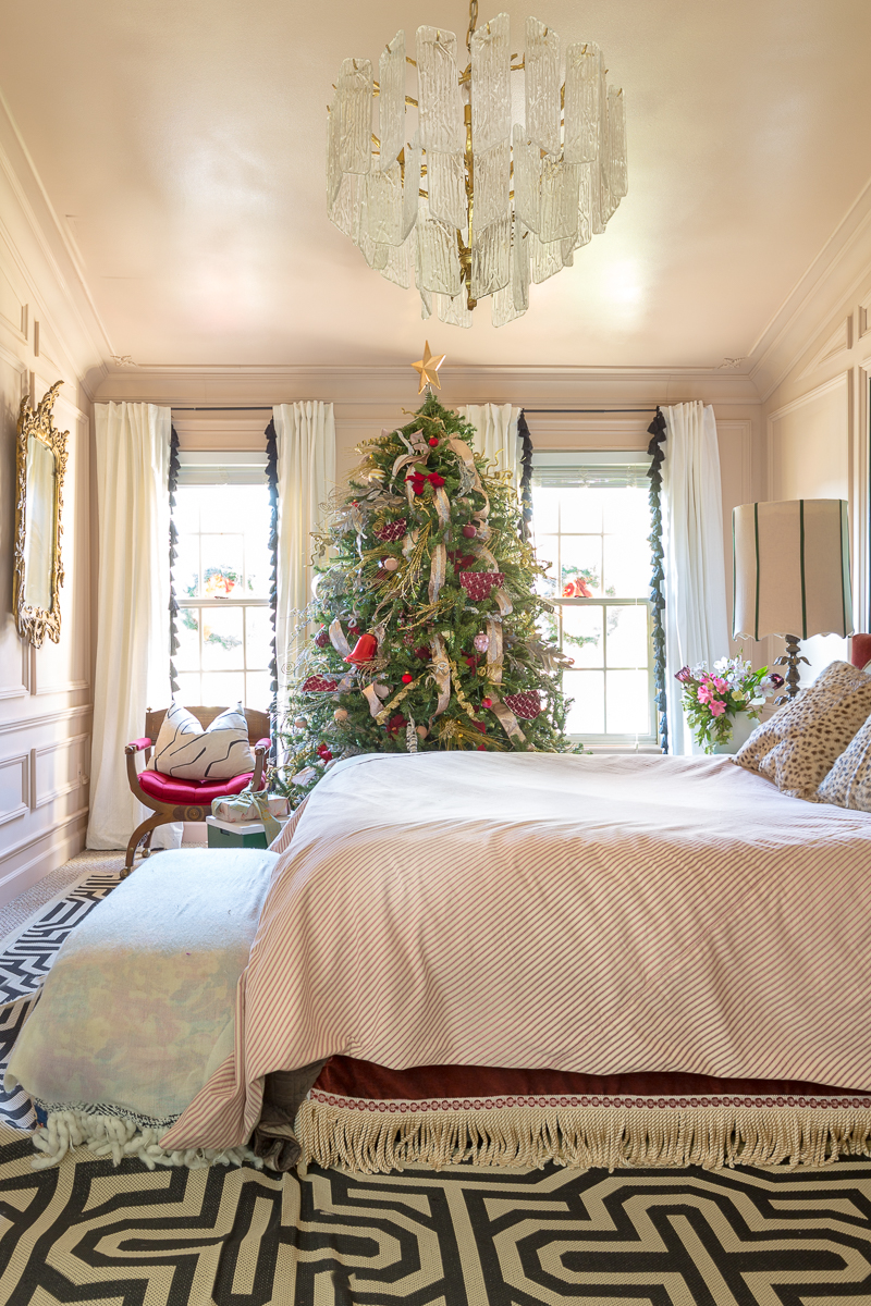You've got to see this Christmas tree ideas. Palm Christmas tree, holiday decorating, Christmas tree ideas, Christmas tree, master bedroom, Anthropologie Christmas tree, holiday decor, 2021, 2020 Christmas trends