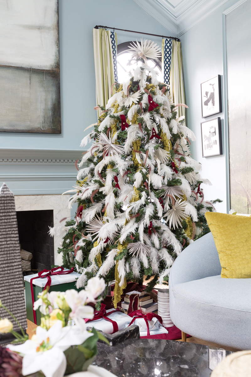 You've got to see these master bedroom Christmas tree ideas. bedroom Christmas tree, holiday decorating, master bedroom Christmas tree, Anthropologie christmas tree, Master bedroom holiday decor, 2021, 2020 Christmas trends