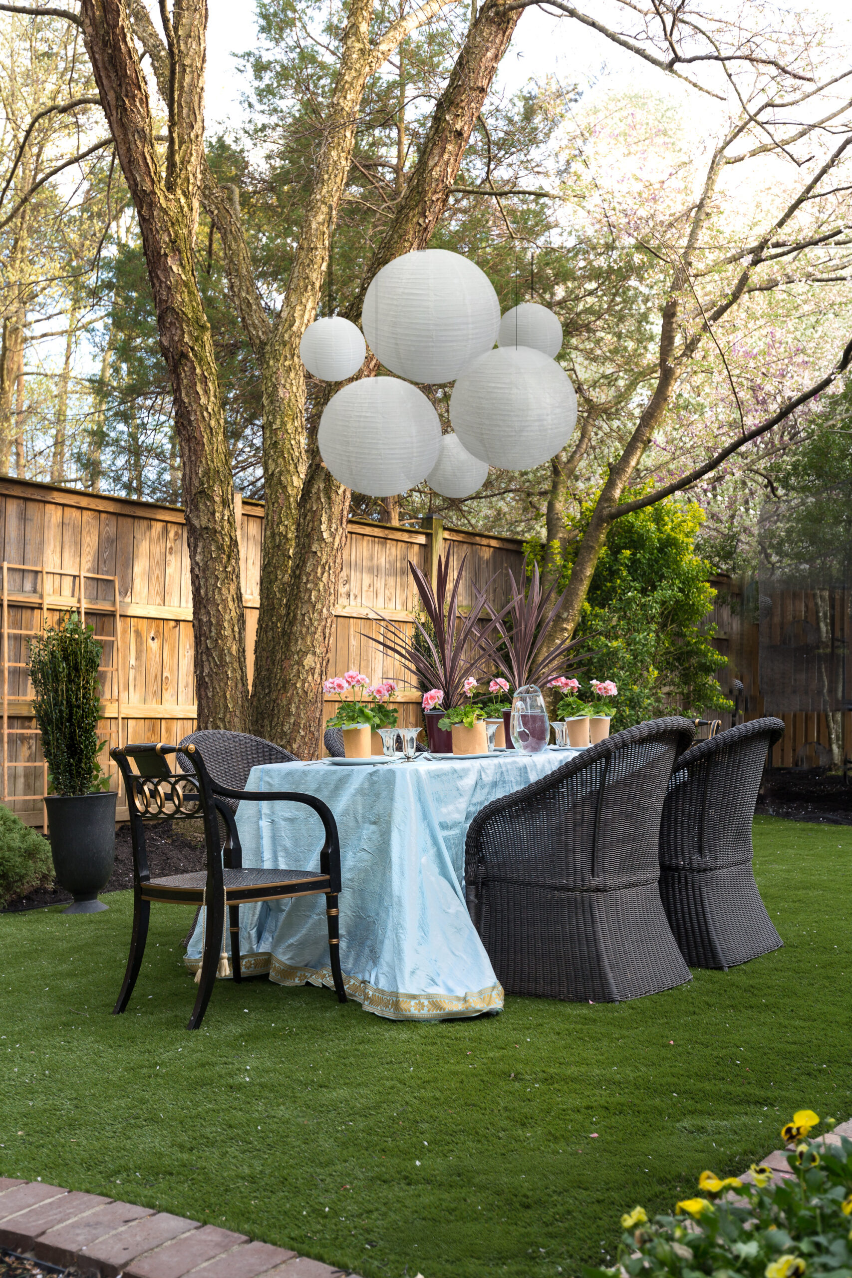 artificial grass, turf, imitation grass, backyard, backyard turf, back yard, makeover, faux grass, outdoor party, silk tablecloth, wedding, backyard party, Chinese lanterns