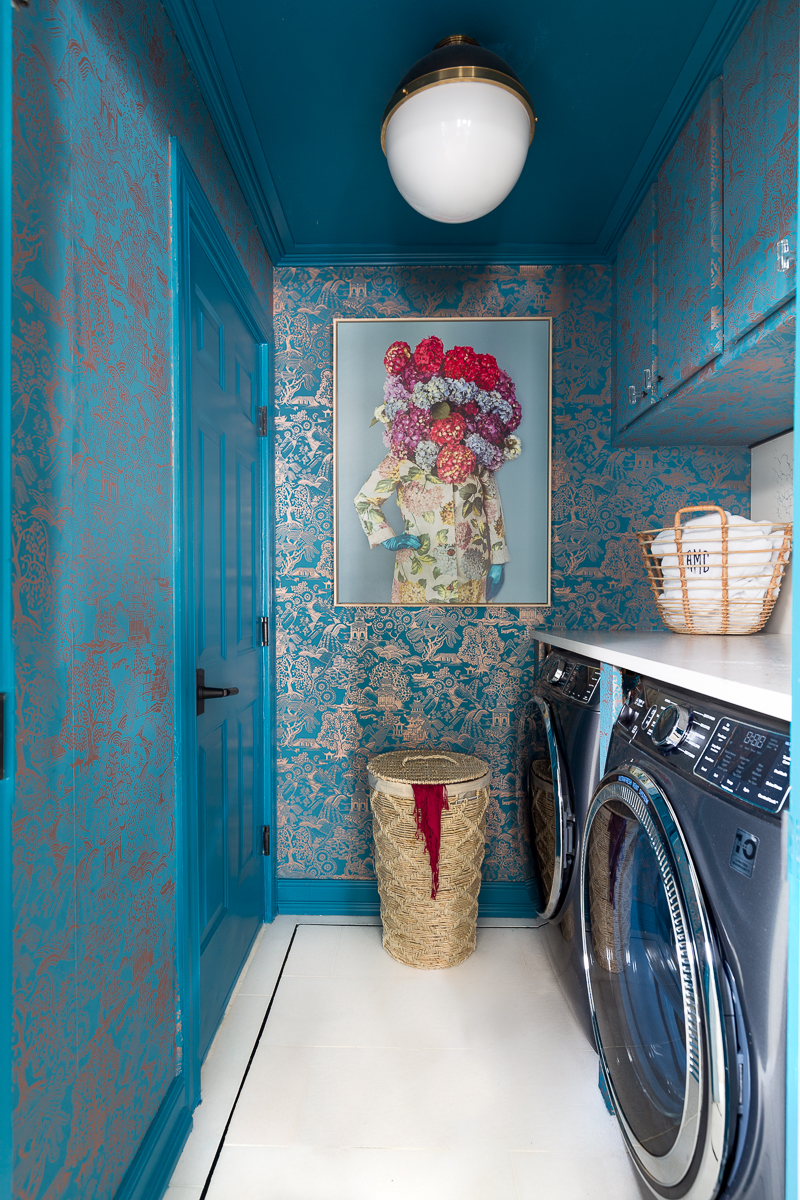 maximalist, laundry room, makeover, wallpapered cabinets, teal, turquoise, blue, wallpaper, graham and brown, metallic wallpaper, GE washer and dryer, Ruxley Cambria, Emtek, black washer and dryer, crystal t knobs